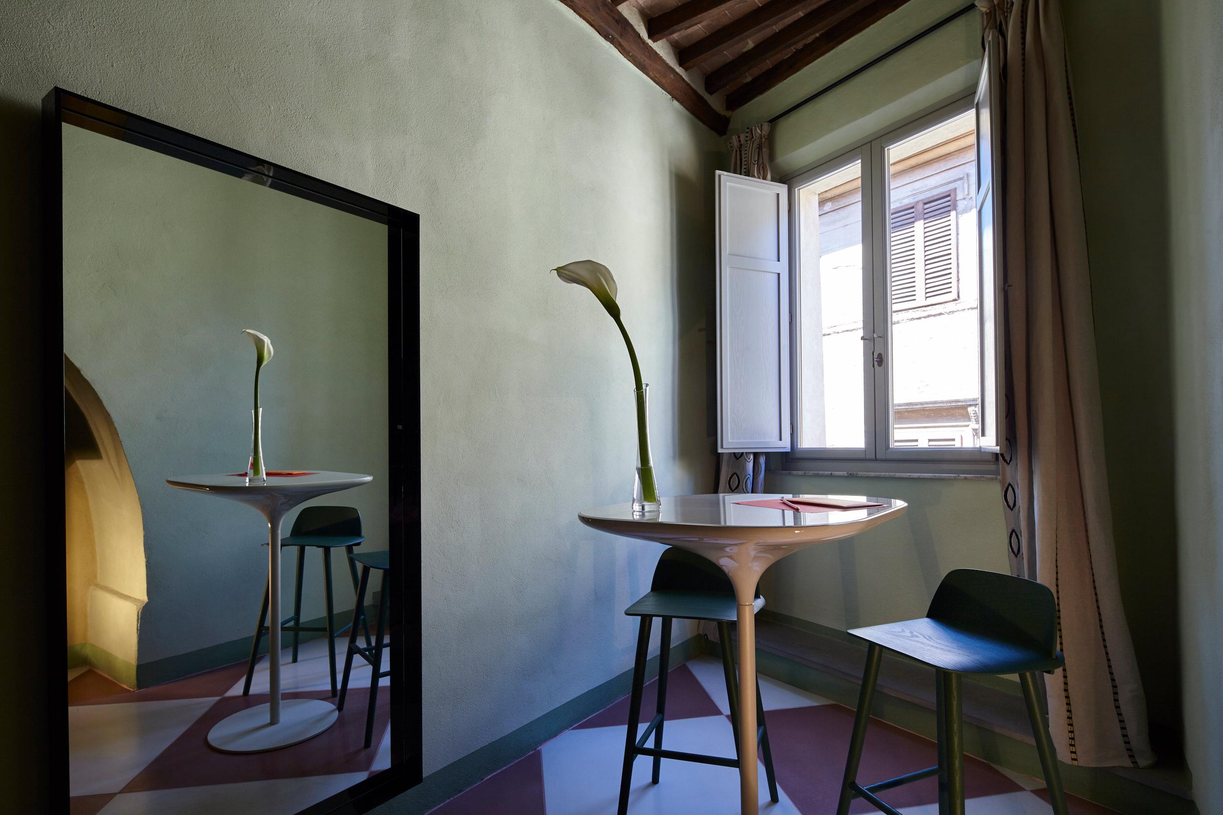 chambre 5 hotel siena palazzetto rosso. Black Bedroom Furniture Sets. Home Design Ideas
