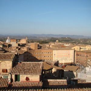 Piazza del Campo, chiese, palazzi e campagna senesi