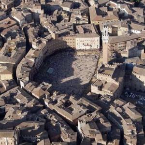 centro storico di Siena: vista di Piazza del Campo